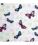 Mantel rectangular de tela repelente para líquidos con forro impermeable incorporado. Diseño mariposas